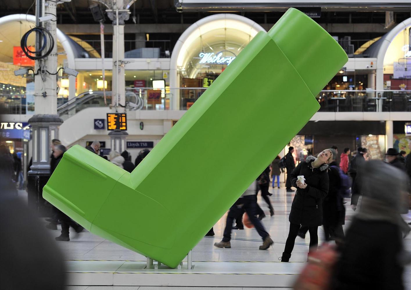 GlaxoSmithKline unveiled a giant inhaler at Victoria Station to launch the first ever UK-wide inhaler recycling and recovery scheme - Complete the Cycle